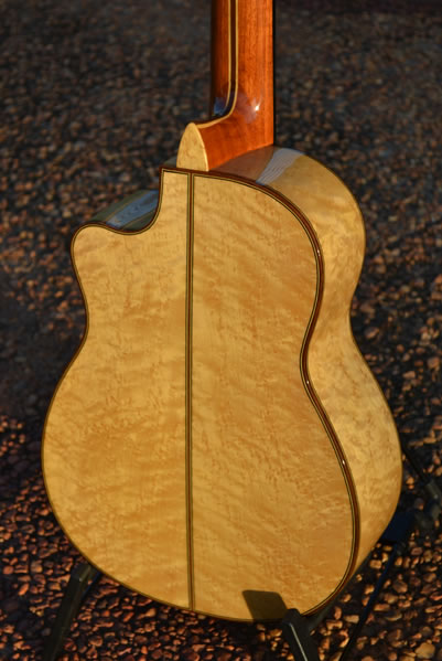 Arias Requinto 1A - Birdseye Maple